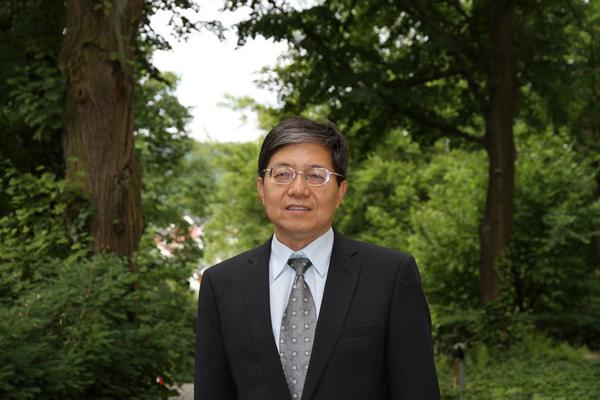 Chinesischer Generalkonsul hält Vortrag im Teehaus des Luisenparks