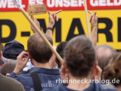 Extremismus: Zahl der rechten Straftaten steigt um 80 Prozent