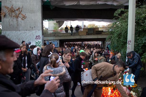 Rund 5.000 Menschen nahmen im Oktober 2013 Abschied von der litauischen Studentin Gabriele Z. (20), die in einer schmutzigen Ecke ermordet worden war.