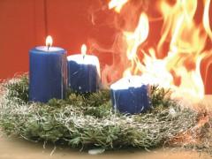 Advent, Advent, die Wohnung brennt