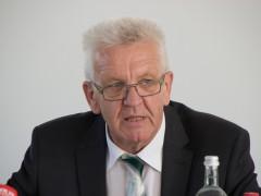 """Kretschmann: """"Selbstverständlich wird schnell abgeschoben"""""""