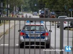 Zwei Polizeibeamte in Flüchtlingsunterkunft verletzt