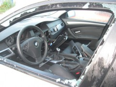 Navigationsgeräte und Lenkräder gestohlen