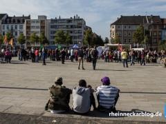 """Nur 1.200 Teilnehmer bei Demo """"Flüchtlinge willkommen! Hilfe statt Hass!"""""""