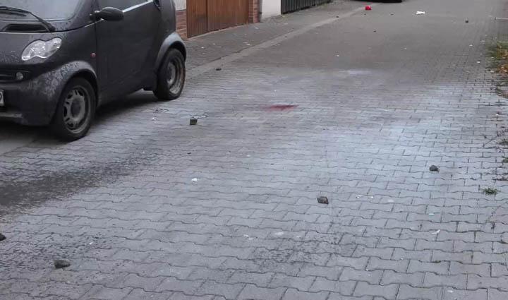 Autonome Angriff Polizei-16
