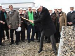 Erster Hammerschlag für wegweisendes Bauprojekt