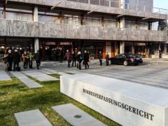Bundesverfassungsgericht verbietet NPD nicht