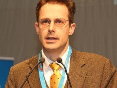 EKR-Fraktion wirft AfD raus