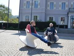 """""""Magische Sessel"""" für Bewegung im Alltag"""