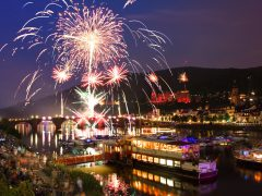 Heidelberger Schloss leuchtet wieder