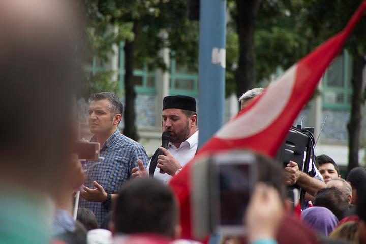 Demo Tuerken nach Militaerputsch Paradeplatz Mannheim-16. Juli 2016-IMG_8590