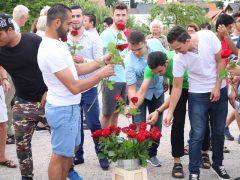 Rote Rosen zum Abschied