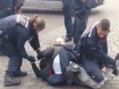 "Polizisten beschützen Polizisten – vor ""besorgten Bürgern"""