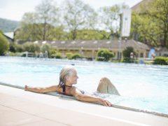 Frühschwimmen im Thermalbad