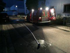 Weinheimer Feuerwehr pumpt Keller leer
