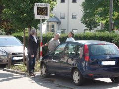 Viernheim bekommt Smiley-Display vor Schillerschule