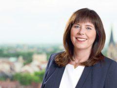 Jutta Steinruck (SPD) gewinnt die Wahl deutlich