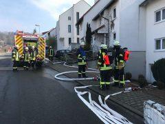 Feuerwehr rettet Mensch in hilfloser Lage