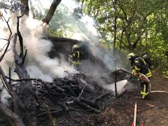 Mehrere Brandeinsätze fordern Weinheimer Feuerwehr am Mittwochabend