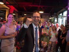 OB-Wahl Weinheim: Manuel Just sichert sich sensationellen Wahlerfolg