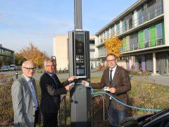 Landratsamt stellt E-Lademöglichkeit in Weinheim zur Verfügung