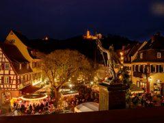 Der Marktplatz im Lichterglanz